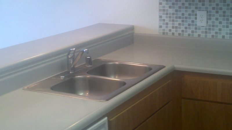 picture of 1030 burton middle townhome kitchen and eating bar