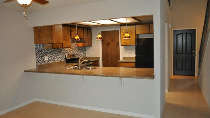 picture of 1112 burton drive middle townhome kitchen area