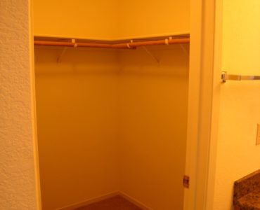 photo of windsor court end unit master closet