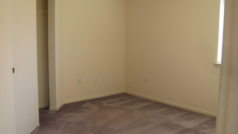 picture of willow park end townhome bedroom