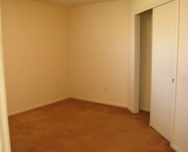 photo of burton middle unit bedroom