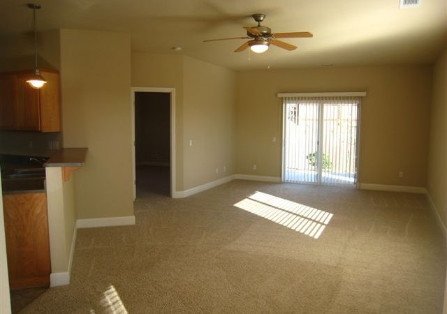 picture of 1128 floor plan living room