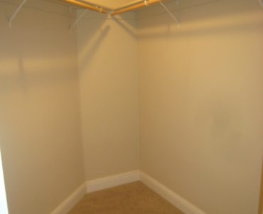 picture of 1262 walk in closet