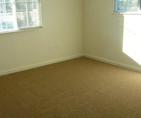 picture of heavenly oak bedroom