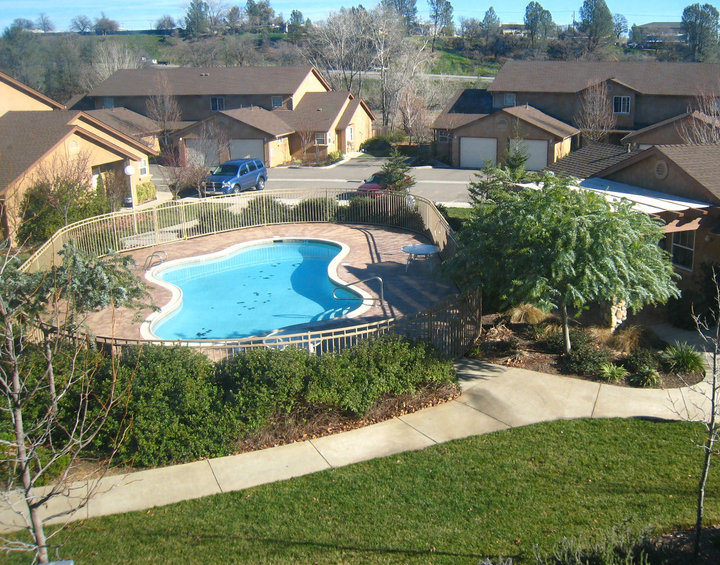Meadowood Townhomes Redding Apartment Homes