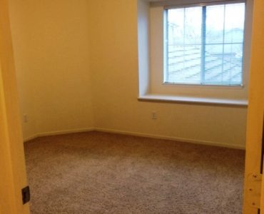 picture of 1069 burton end townhome bedroom